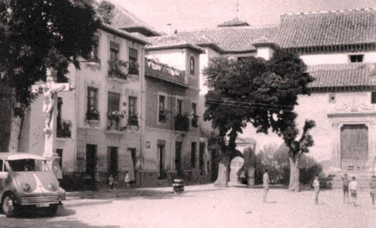 Plaza de San Miguel Bajo, 1949.