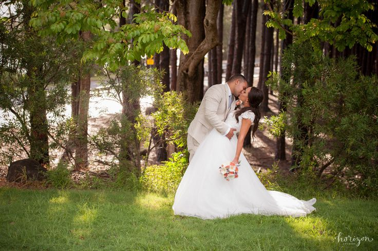Wedding Photography Gold Coast, bride, flowers, love, natural, Pine Forest, Horizon Studios