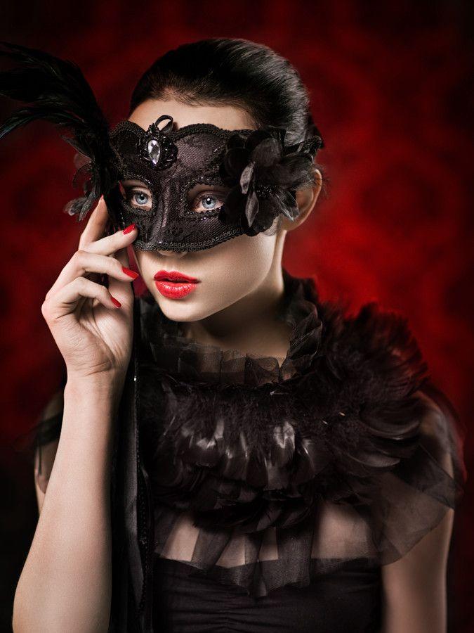 Mask by Lukasz Piech on 500px