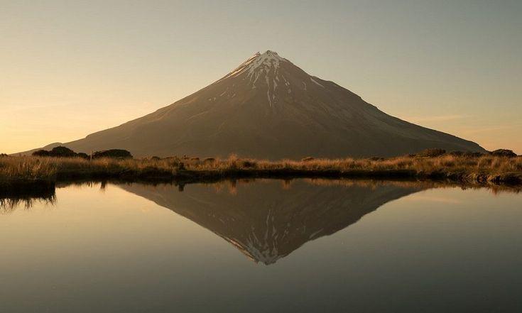 VIDEO 8K journey through the amazing New Zealand  https://buff.ly/2EAQzQK?utm_content=buffer1fcf5&utm_medium=social&utm_source=pinterest.com&utm_campaign=buffer #timelapse