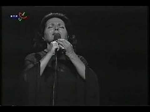 "Amália Rodrigues ""Gaivota"" Live"