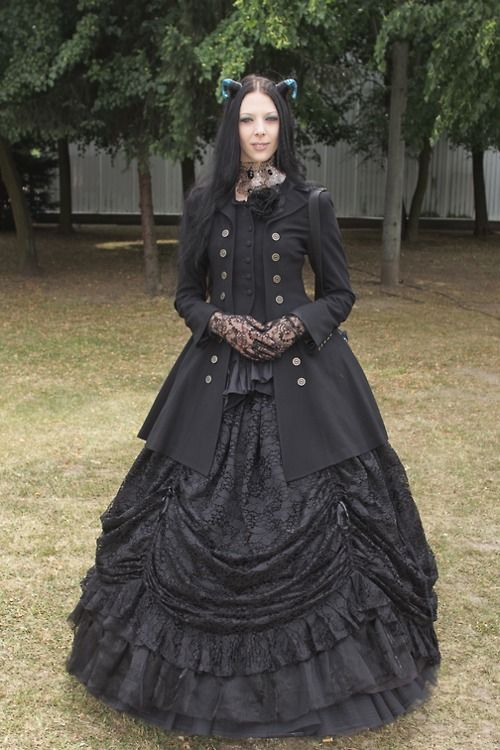 535 Best Gothic Life Images On Pinterest Goth Women