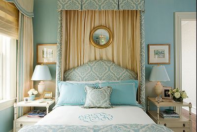 blue and gold decorated room - Google Search
