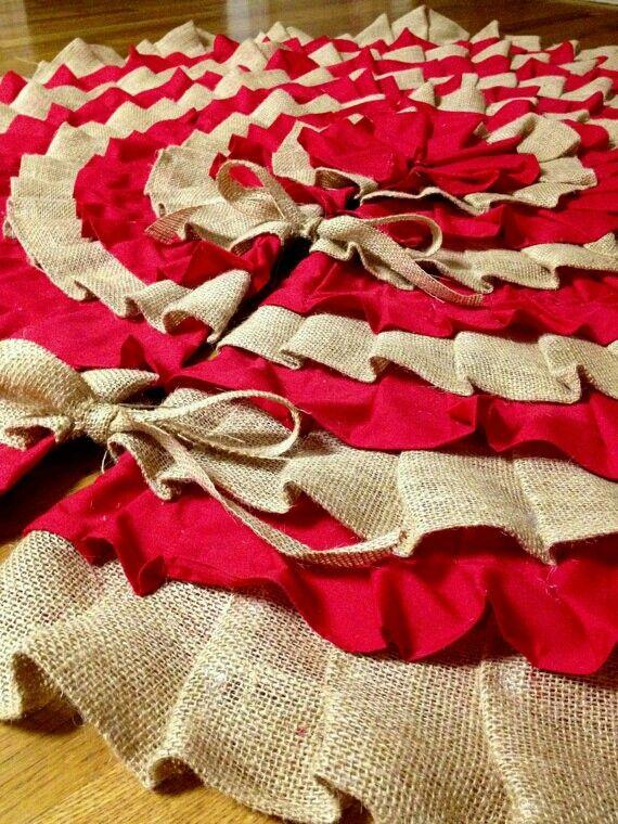 Best 25+ Burlap tree skirt ideas on Pinterest | Burlap tree skirt ...