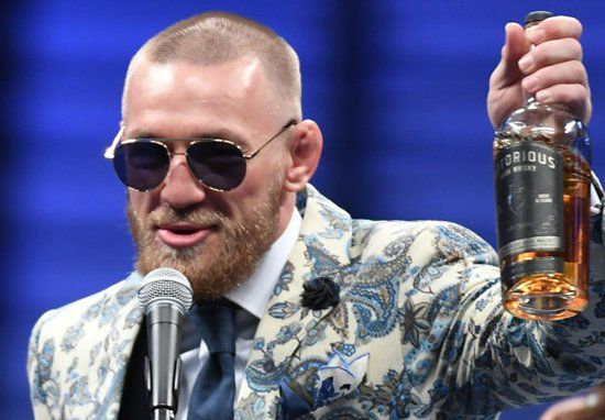 Absolute Scenes Inside Conor McGregor's Las Vegas After Party - http://buzznews.co.uk/absolute-scenes-inside-conor-mcgregors-las-vegas-after-party -