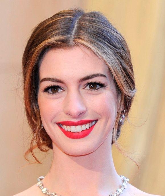 Red Lip, Anne Hathaway