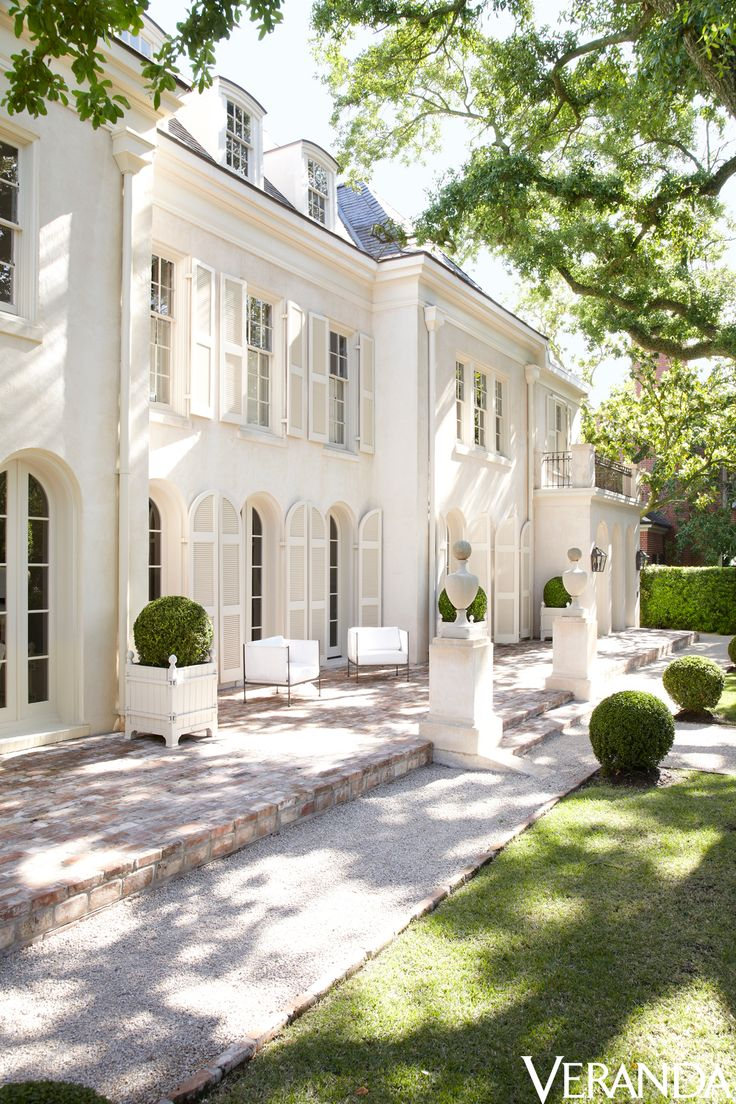 Best 25 White Stucco House Ideas On Pinterest