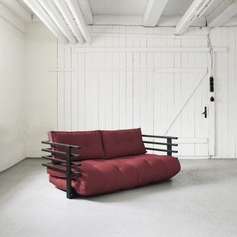 Funk sovesofa. Du trenger bare en futon, 2 puter og en hodegavl for å sette stil i huset ditt! Enkel og greit! :)