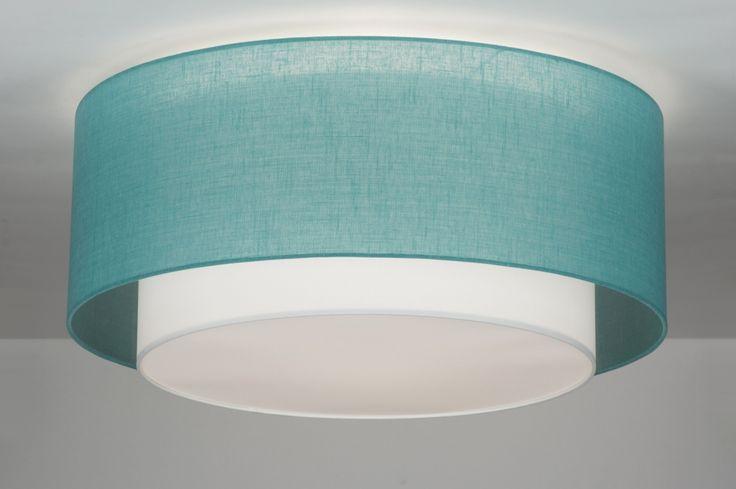 """Geeignet für LED . Deckenleuchte Designtopper und Trendsetter. """" Capello Coperta Aqua """" besticht durch eindrucksvolles Design und harmonische Formgebung. Besonders auffallend bei """" Capello Coperta Aqua """" ist der außergewöhnlich designte Lampenschirm. Dieser besteht aus 2 ineinanderfallenden Objekten . Leinenstruktur Stoff aqua / weiß"""