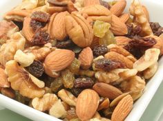 Ultimate Daniel Fast: Trail Mix - the ideal Daniel Fast snack. BEST trail mix ever!