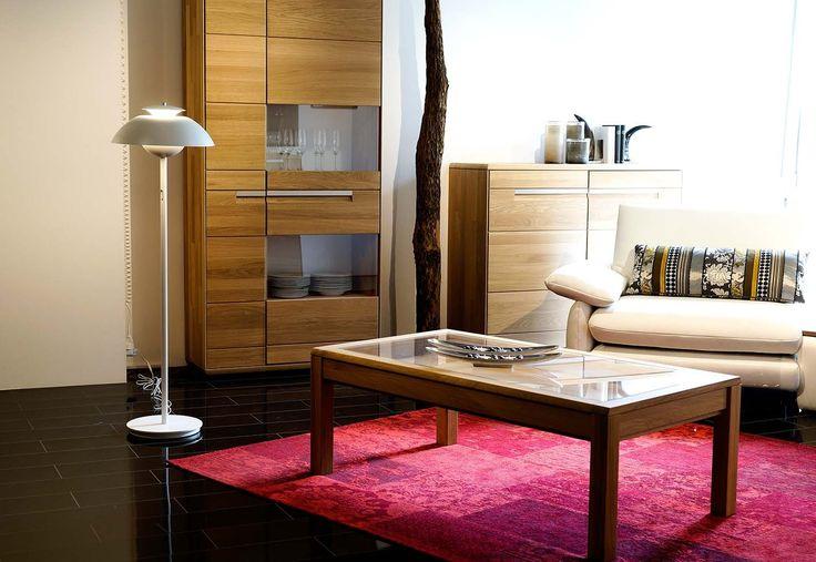 Stehlampe ELEVATE weiß skandinavisch und modern für jedes Wohnzimmer