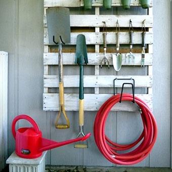 Idée récup encore une fois très maline à reprendre sans modération dans le garage de votre maison  Alliance Construction (constructeur de maisons)