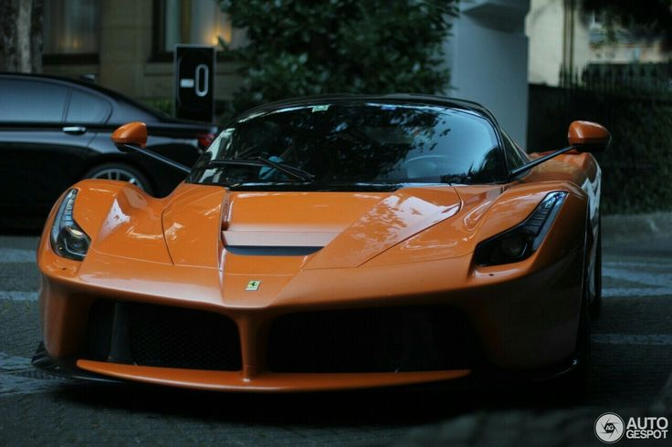 """LaFerrari 