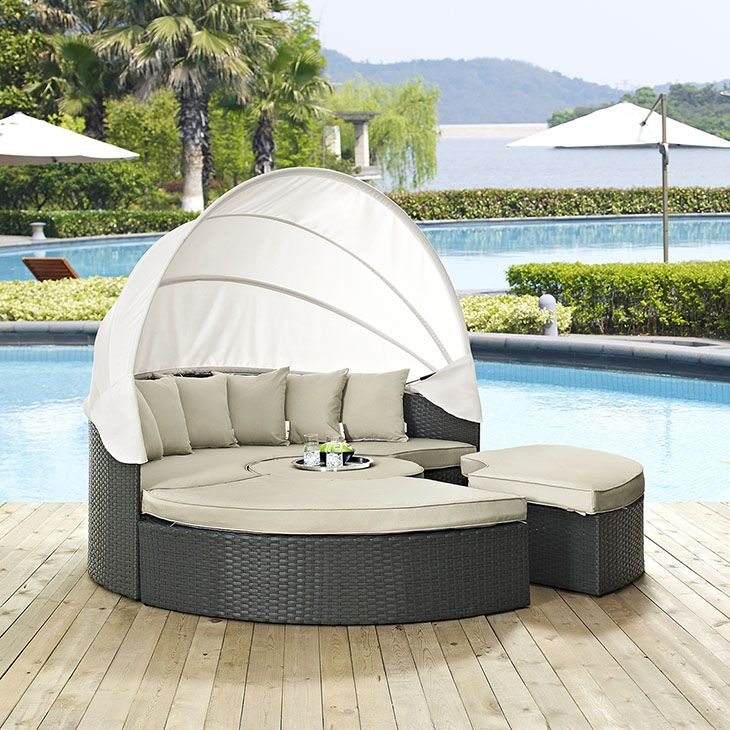 Lovely Outdoor Furniture Canopy Bed