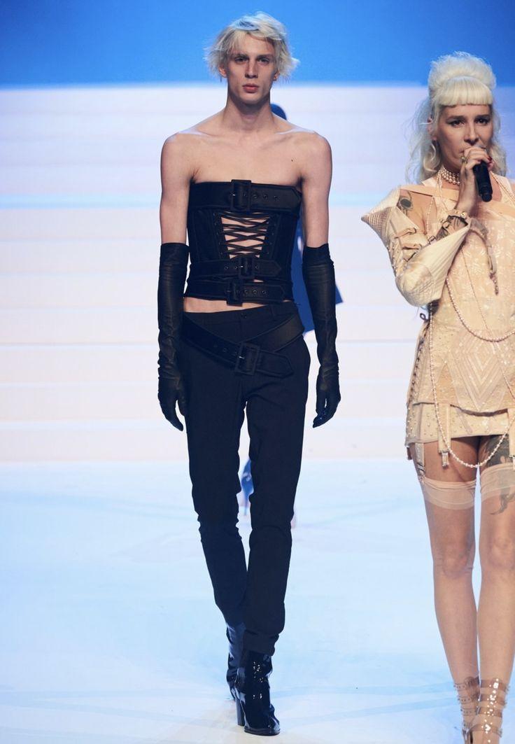 Paris Haute Couture Hair Trends 2020 Iles Formula in