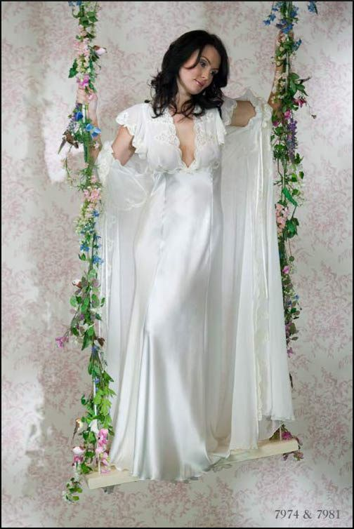 Jane Woolrich Nightdress 7974 - Love this nightdress, it is so womanly and feminine with the cap sleeves and lace covered bust. Love it!