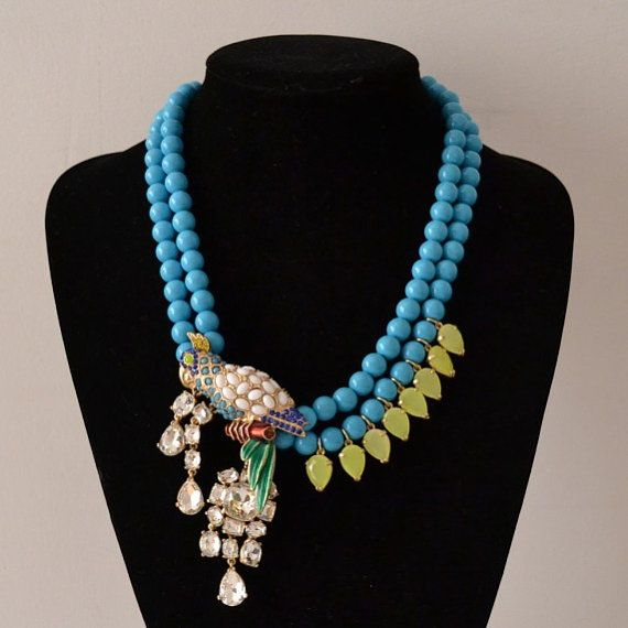 Beaded Parrot necklace Beaded Parrot colorful by shop2lopez