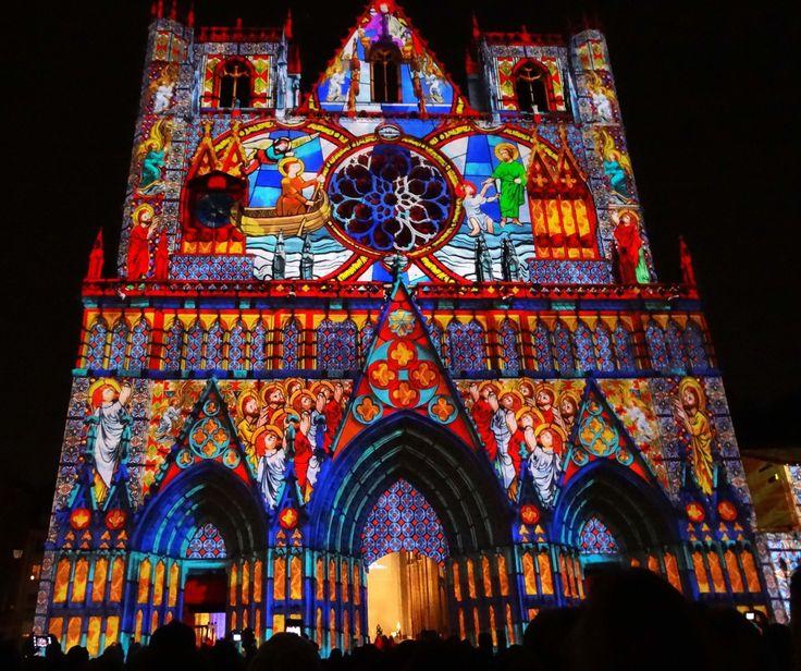 Fête des Lumières 2012. Cathédrale Saint-Jean