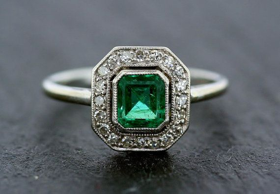 Art Deco Emerald Ring - Antique Emerald & Diamond 18ct White Gold and Platinum Cluster Ring on Etsy, £2,685.00