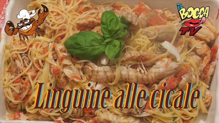 2013 - IlBoccaTV - 92 - Linguine alle cicale...un sapore celestiale! Linguine alle canocchie..ce ne vogliono parecchie! Produzione: WeUSETV  - http://www.weusetv.com/channel/ilboccatv  Un caloroso grazie all'amico Andy Paoli http://www.youtube.com/user/PlayPlay75  Ingredienti per 4 (Italiano): Linguine alle canocchie 1 Kg di canocchie 500 gr di linguine basilico, prezzemolo,peperoncino e n'paio di spicchi d'aglio, 500 gr di pomodoro olio extravergine, sale e pepe quanto basta.