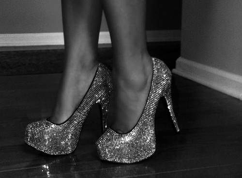 Gun metal sparkle shoes!?