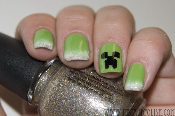 Minecraft Creeper Nails