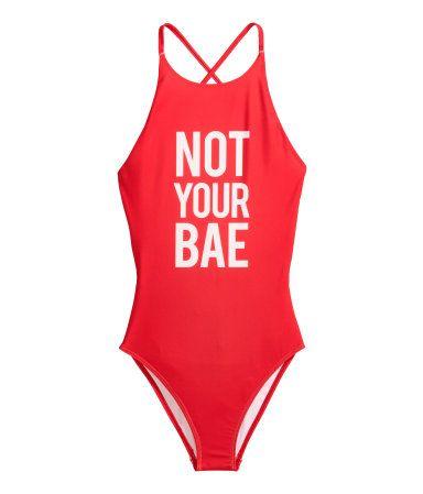 Swimsuit with a print motif €19,99 | H&M GR
