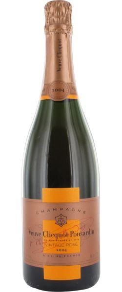 Veuve Clicquot 2004 Vintage Rosé : Le millésimé 2004 se démarque par beaucoup d'élégance, une belle longueur, de la personnalité. Une finesse hors-norme pour ce superbe rosé. Il vieillira superbement comme le 1989.    En savoir plus : http://avis-vin.lefigaro.fr/vins-champagne/champagne/champagne/d10606-veuve-clicquot-ponsardin/v10613-veuve-clicquot-vintage-rose/vin-rose/2004##ixzz2KK9aNRiO