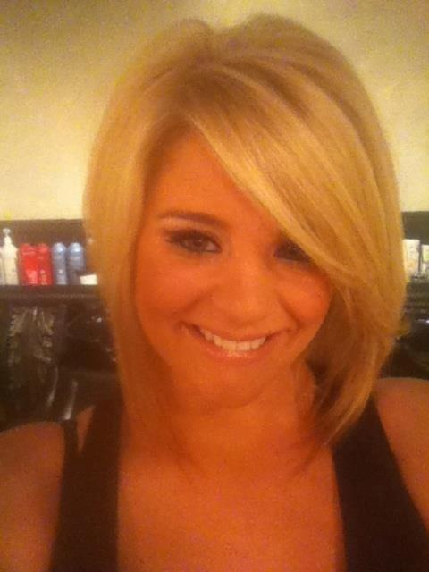 Just saw Lauren Alaina on the ACA's and I LOVE this bob! Saving for future reference!