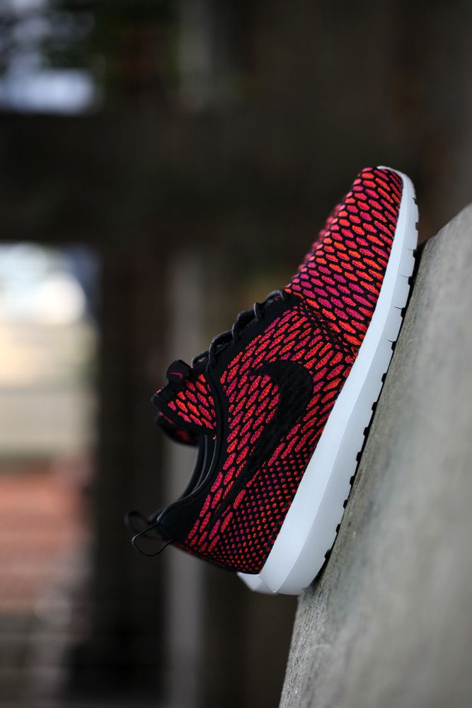 Flyknit Roshe Run | My Nike obsession.. | Pinterest | Roshe, Shoes outlet  and Discount sites