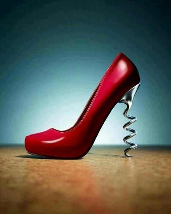 Corkscrew heeled red shoe