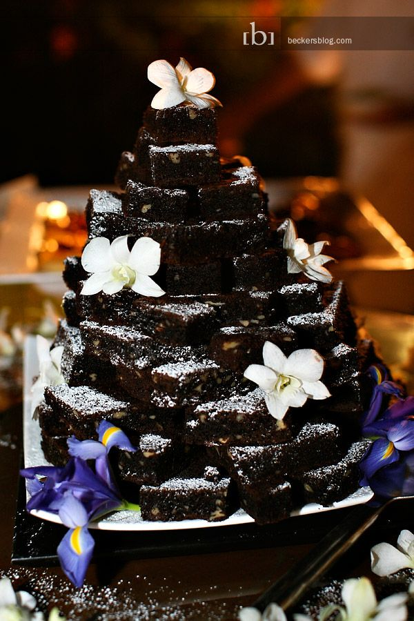 Brownie pyramid instead of a cake! So fabulous!