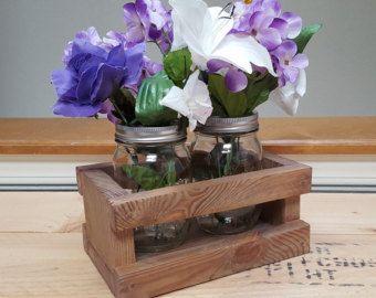 Cajón de jarra Mason de madera reciclada. Artesanal de Mason Jar Caddy. Centro de mesa mini cajón de madera.