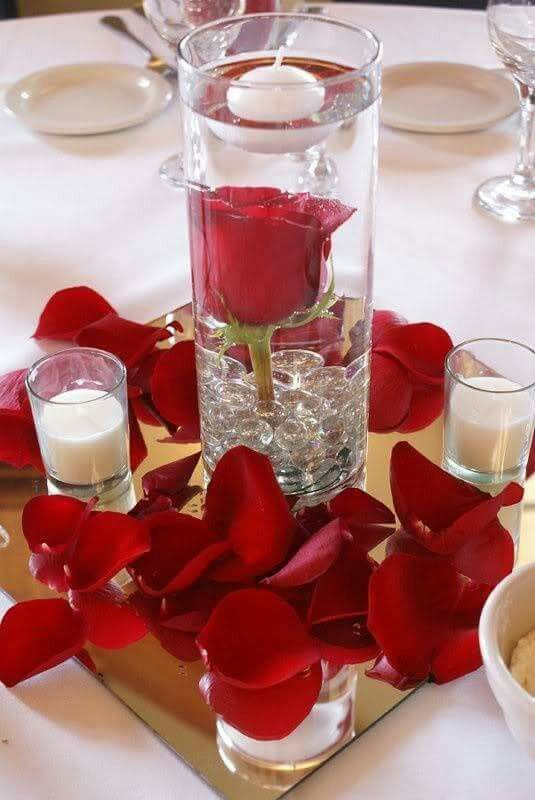 I heart Valentines day : DIY Red Rose Table  Centerpiece Inspiration