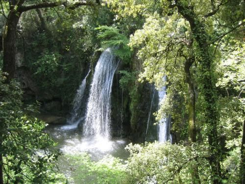 Baignade, lac, rivière, massif en Provence autour de Brignoles, Saint-Maximin dans le Var