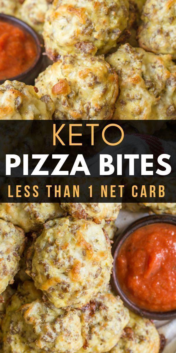 Diese leichten # Keto-Pizzabissen werden mit italienischer Wurst und Mozzarella zubereitet.