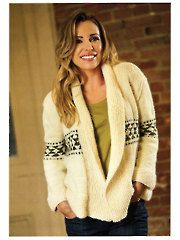 Pretty cardi; Perfect for lounging around the house or for a run to the store, this pattern will give you free rein when it comes to colors and personal style. Knit with 7 (6, 6, 7, 7) balls of MC and 1 (1, 1, 2, 2) balls of CC using Encore chunky yarn and U.S. size 10/6mm circular needles.  In PLUS sizes too!