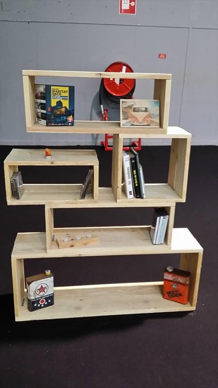Wooden Pallet Art Style #Bookshelf on Wheels - 150+ Wonderful Pallet Furniture Ideas | 101 Pallet Ideas - Part 6