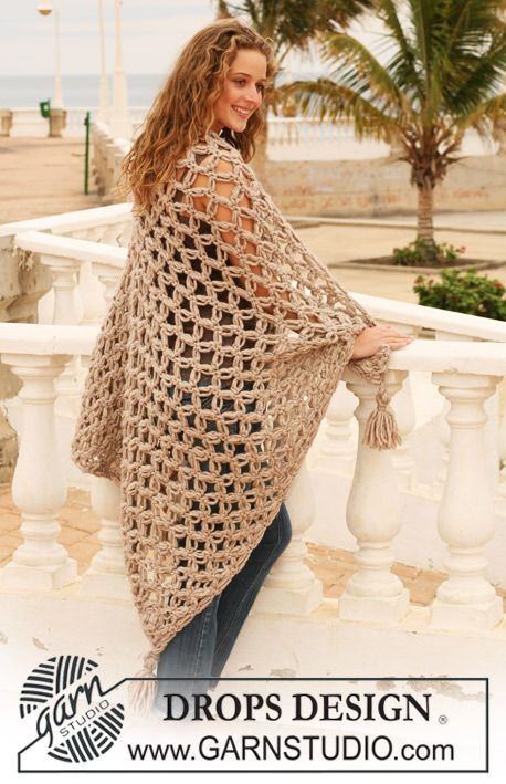 Free Pattern 111-40, crochet blanket with love knots and threads in eskimo