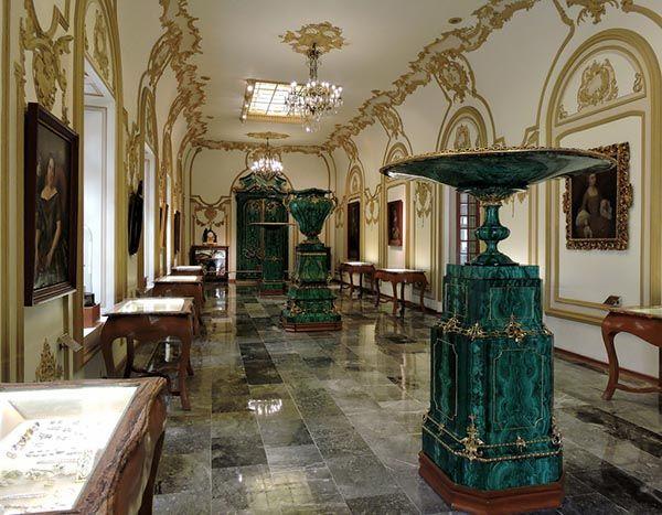 Malachite Room of Chapultepec Castle, 1775, Mexico. #malachite #art #russia #mexico #18thcentury