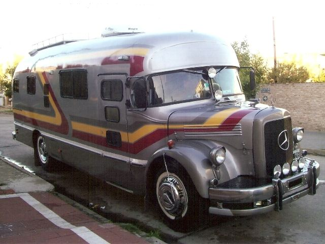Luxury rv mercedes benz motorhome auto buss pinterest for Mercedes benz recreational vehicles