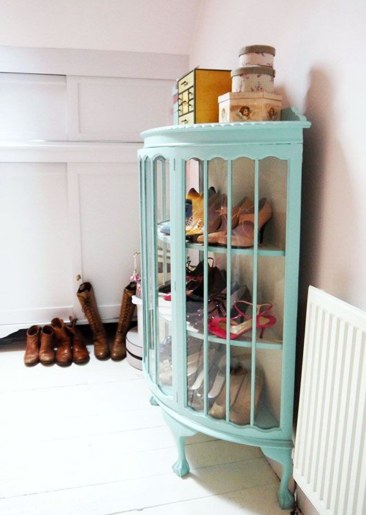 shoe storage / apartment therapy - home inspiration