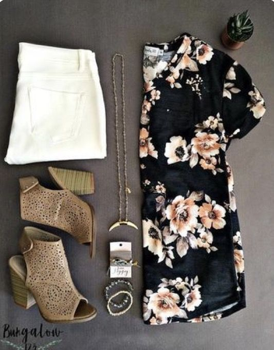 ☀️☀️Summer floral top