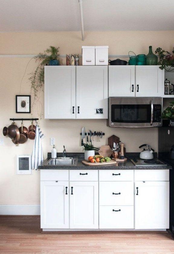 41 A Review Of Small Kitchenette Ideas Mini Kitchen Tiny House 83 Decorinspira Com Wohnun Petite Cuisine Moderne Cuisine Exterieure Moderne Cuisine Moderne