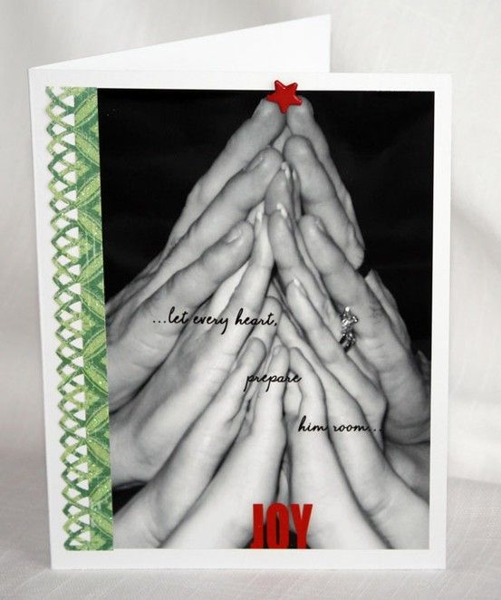 sweet Family Christmas Card Idea- photo of stacked hands to make a christmas tree (had a terrible time trying to find a way to repin this as pinterest blocked the origin- memorymakersmagazine.com and wouldn't allow a repin?!?).