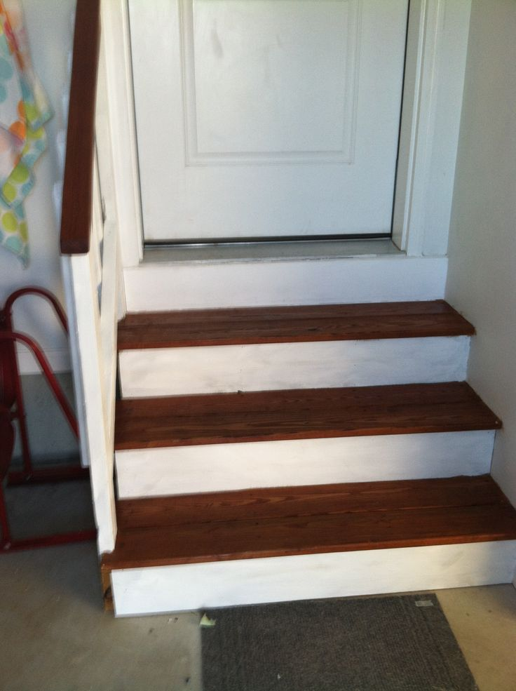 Painted and stained garage steps. Classy home decor DIY