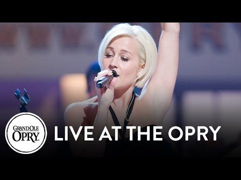 """Kellie Pickler - """"I Wonder"""" 