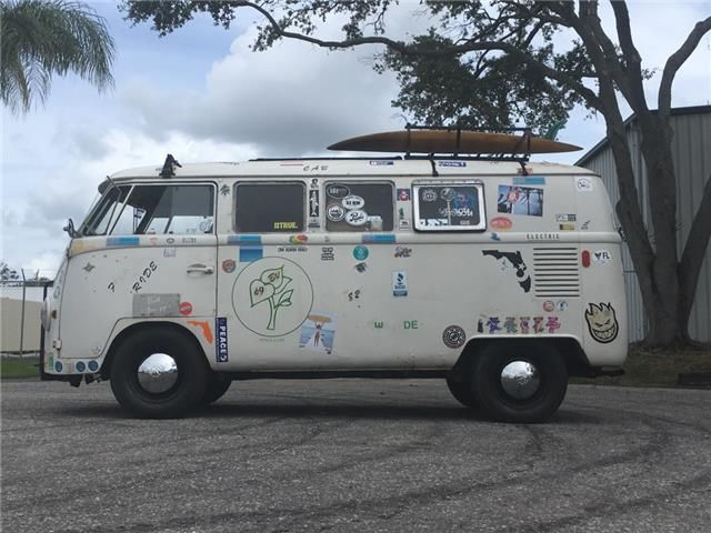 Up for auction is a 1967 Volkswagen SO42 11-window pop top camper van.  This is the last year of the German made split front windshield buses, which are very desirable. This bus is currently operational and does run and drive. It did have some recent brake work, and the brakes do work well. Unfortunately this bus does not have the M plate, or at least I have not found it. The original Vin tag is present and has never been removed.