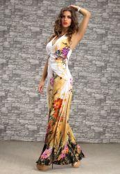 Na nezabudnuteľné a horúce letné dni a nocí  máme pre Vás v ponuke množstvo letných šiat  všetkých farieb a strihov - krátke, dlhé,  mini obtiahnuté, aj ľahučké plážové šaty, či pareá a šatky! Exkluzívne modely, ktoré inde len tak nenájdete, sme pripravili  pre Vás so zvláštnym dôrazom na to, aby ste sa v nich cítili pohodlne a sexy, a aby ste si v nich vychutnali nádherné horúce chvíle na dovolenke, pri cestovaní, na party, či pri akejkoľvek príležitosti v letných mesiacoch.