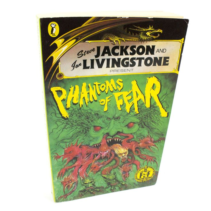 Phantoms of Fear Puffin Fighting Fantasy Book #28, Steve Jackson, 1st Edition